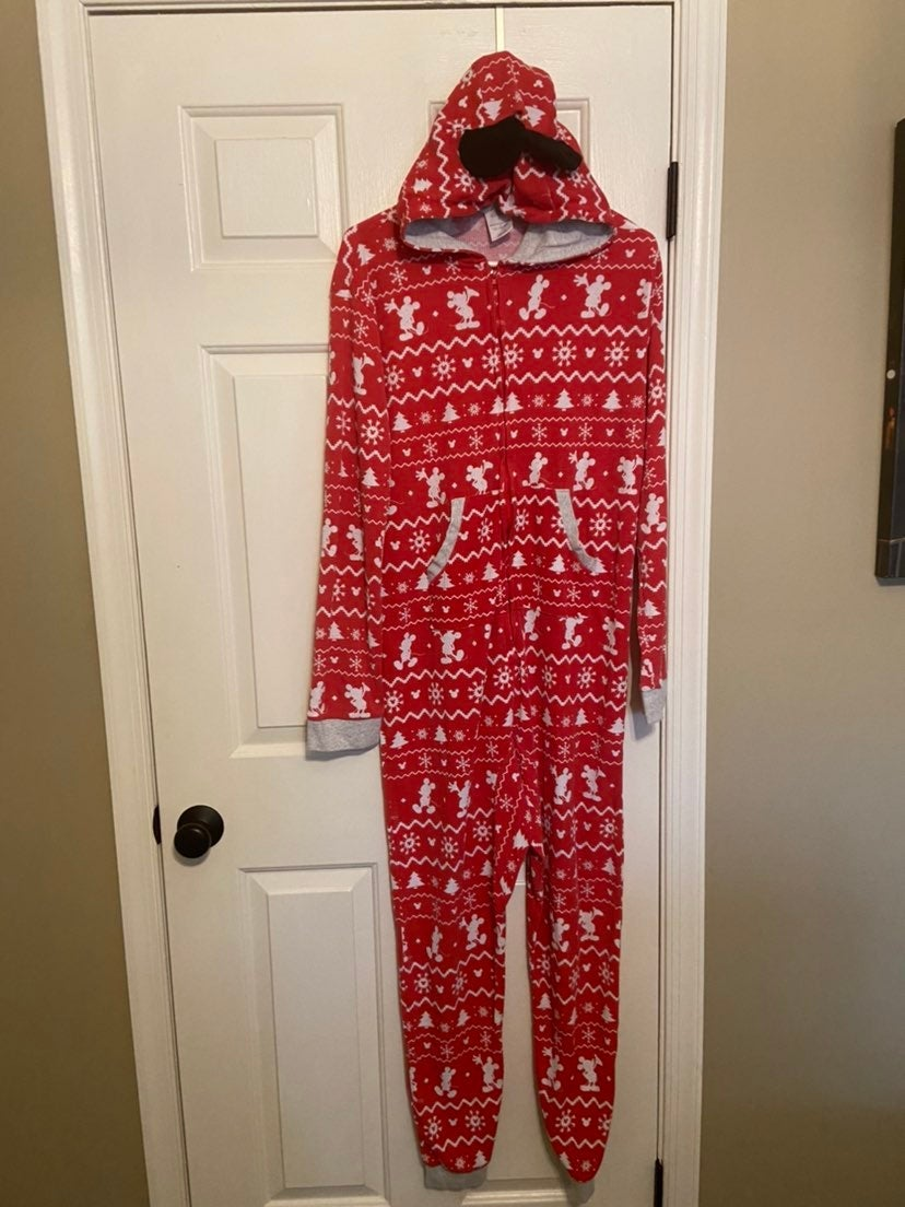 Disney store mens christmas pajamas