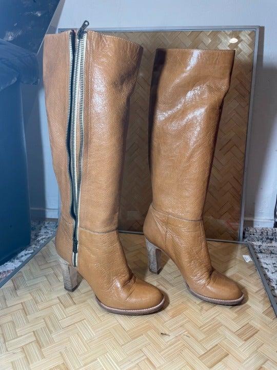 DKNY Womens Almond Toe Side Zipper Boots
