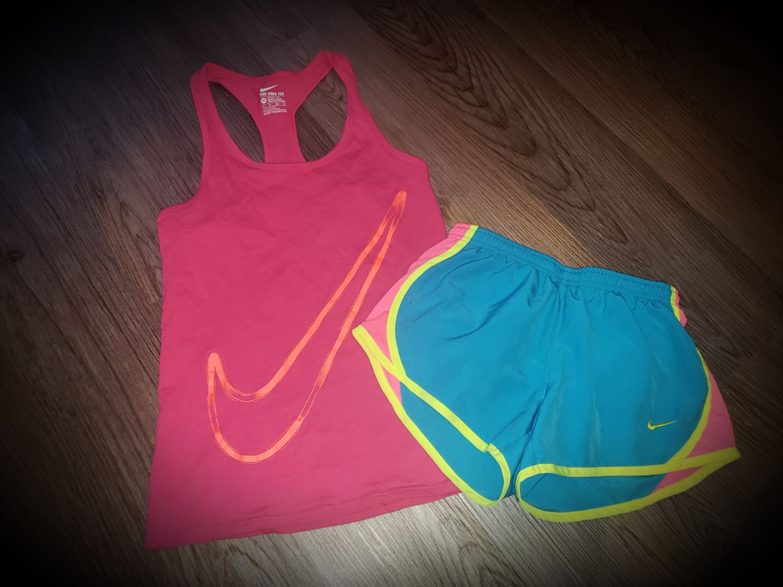 Girl's Nike Outfit