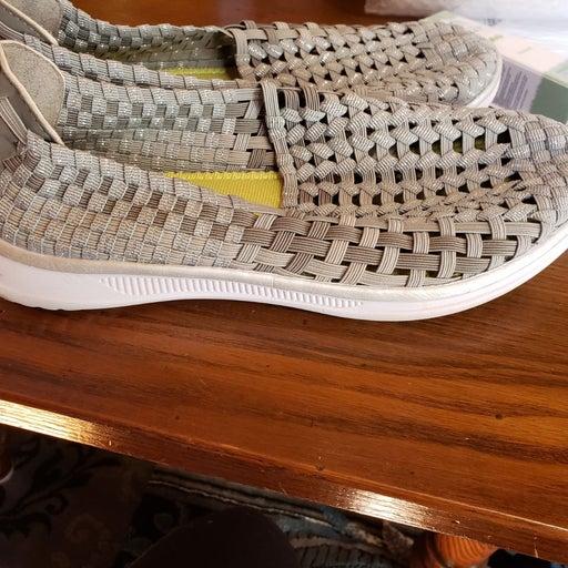 Croft & barrow womens shoes 8