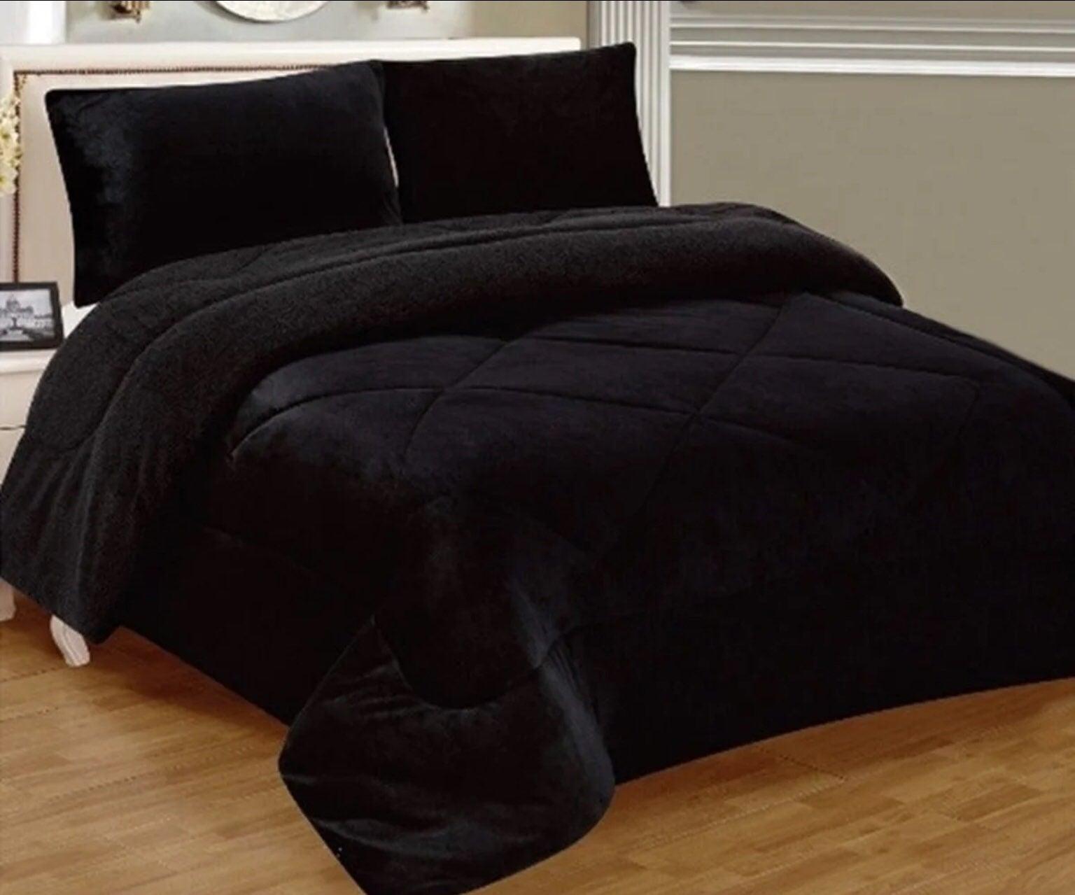 New Black Borrego Blanket Set King Size