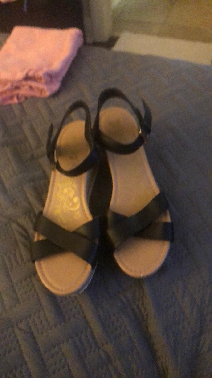 Women's Baxter Strappy Block Heel