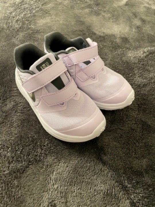 Nike Boys Girls Toddlers Shoes Size 9c