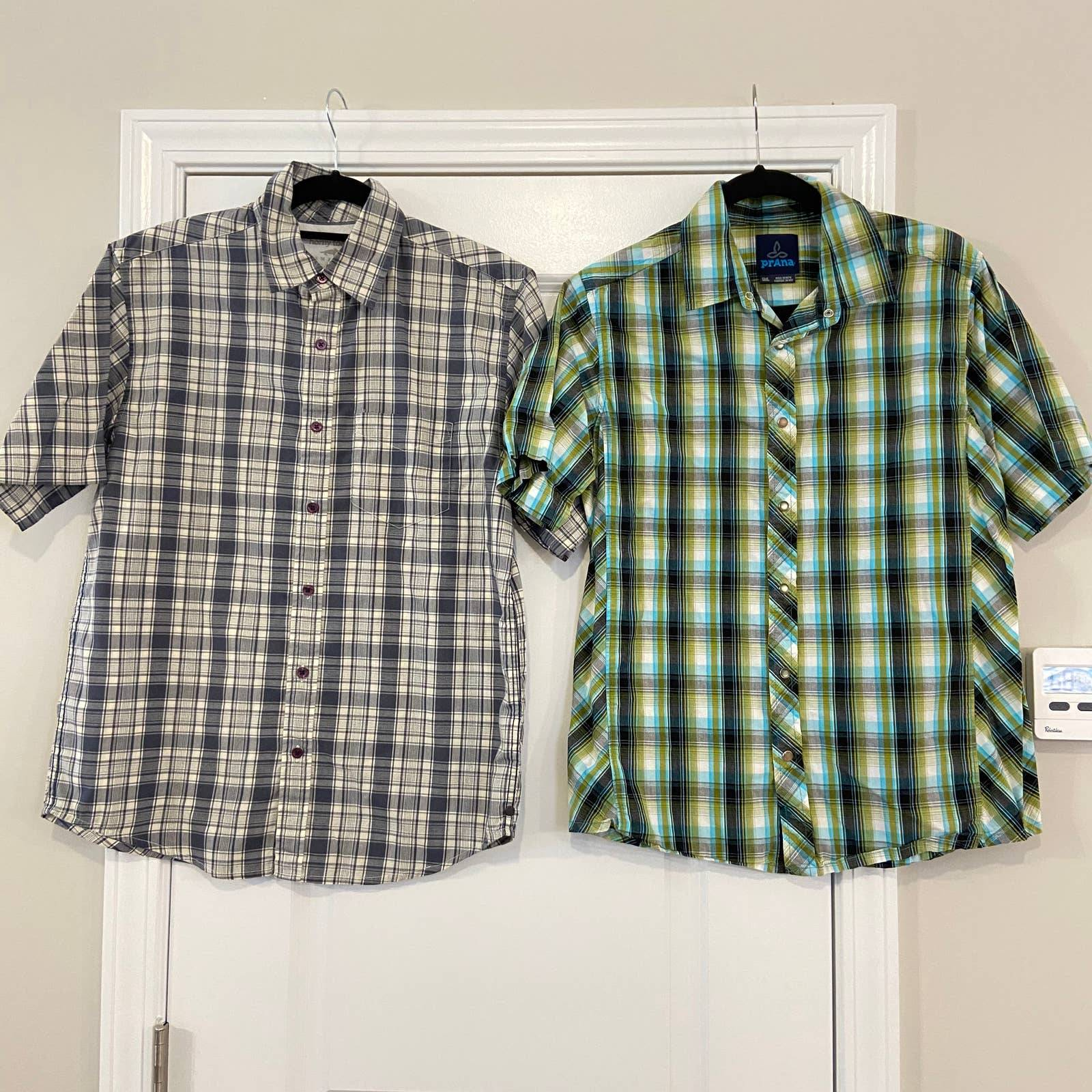 2 plaid button front shirt sleeves