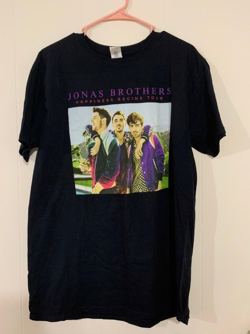 Jonas brothers Happiness Begins tour