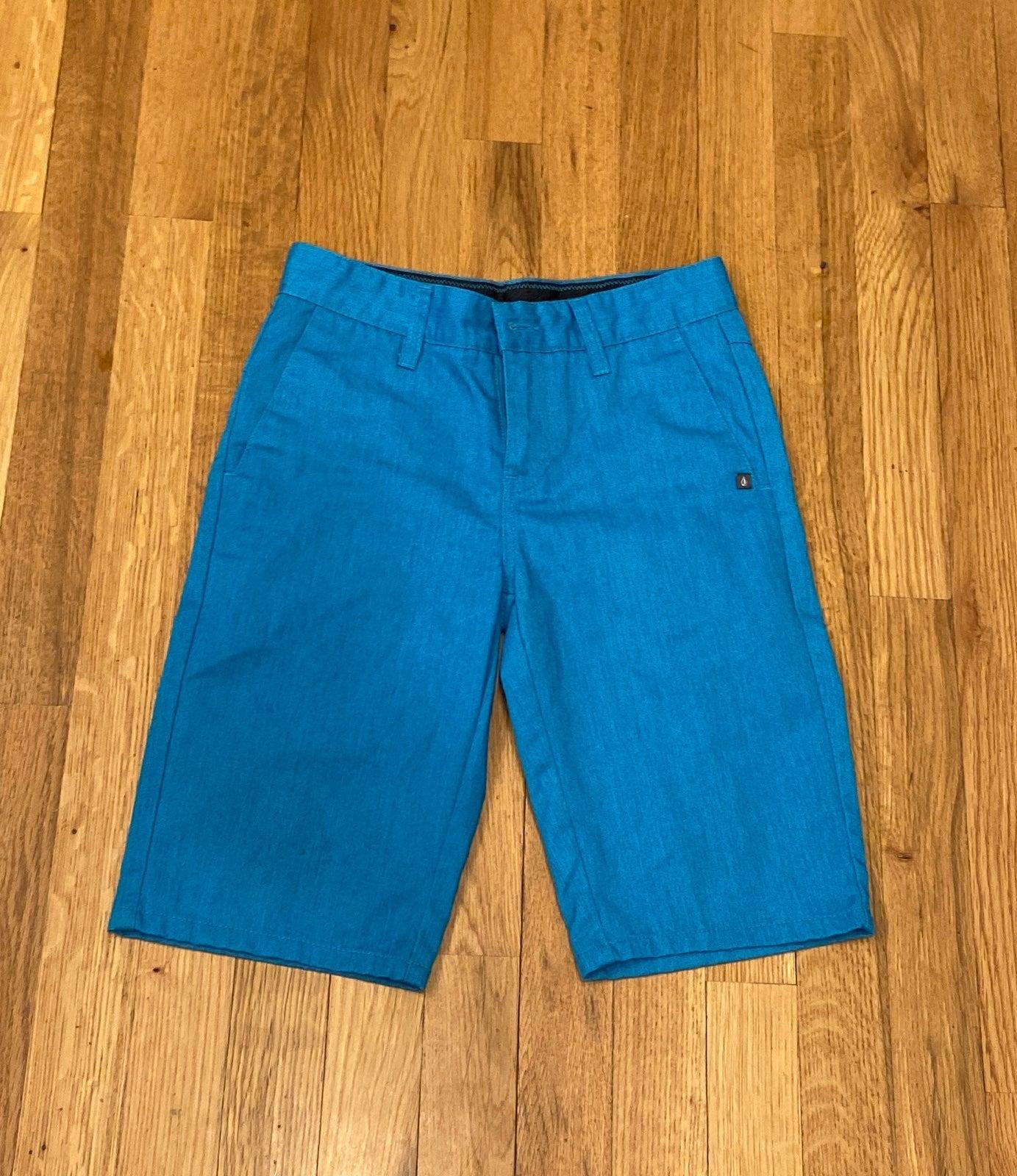 Volcom shorts 10
