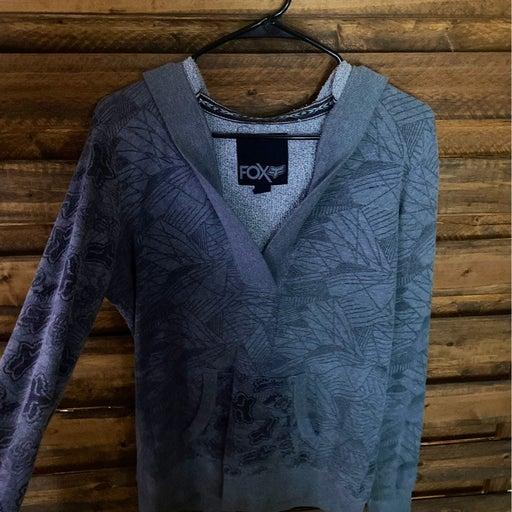 Pullover w/ hood