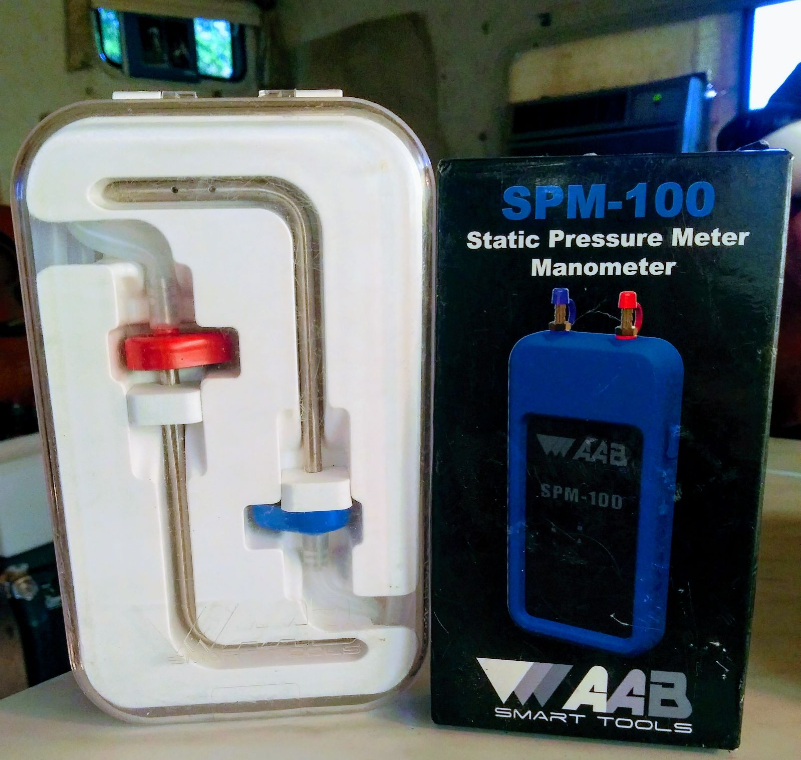 SPM-100 STATIC PRESSURE METER AND PROBE