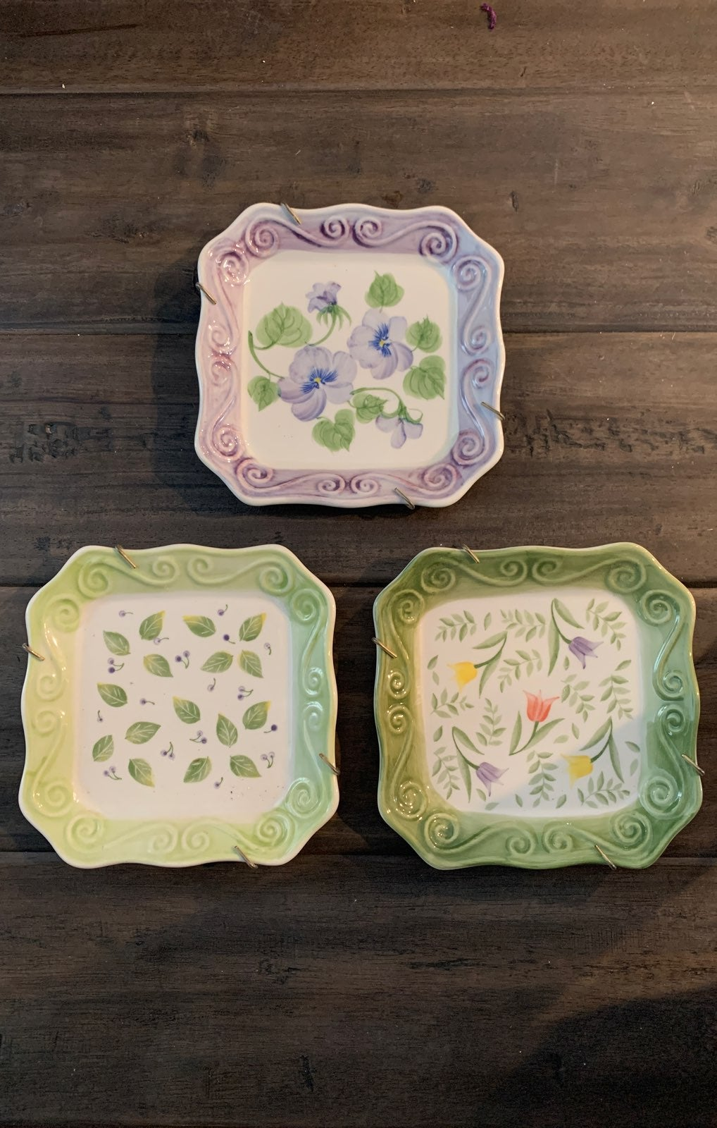 Handpainted Decorative Plates Set/3