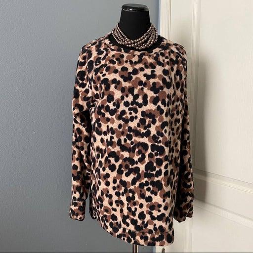 cheetah print fleece Cuddl Duds top!