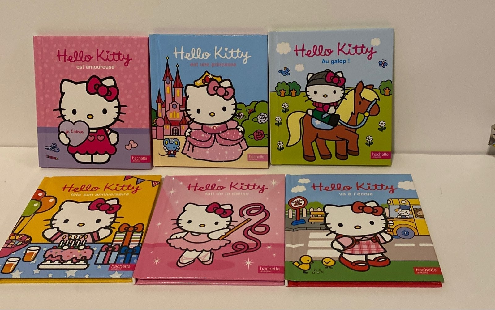 Hello Kitty books in French
