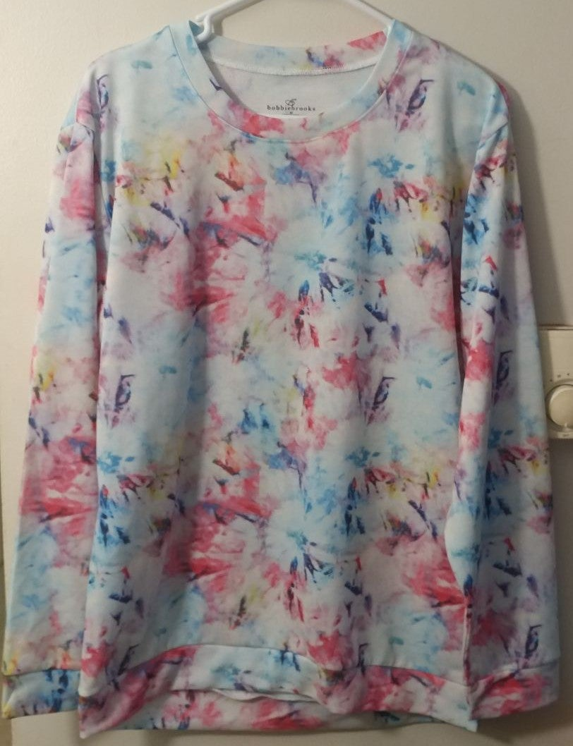 Woman's long sleeve shirt size medium