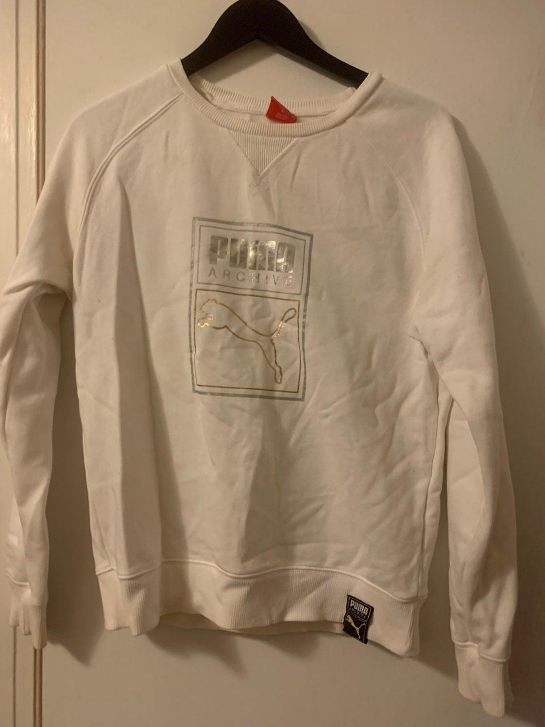 White puma sweater