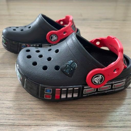 Toddler size 6 light up star wars crocs