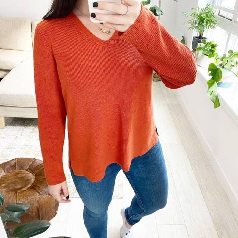 J. Jill Orange V Neck Sweater Sz Large