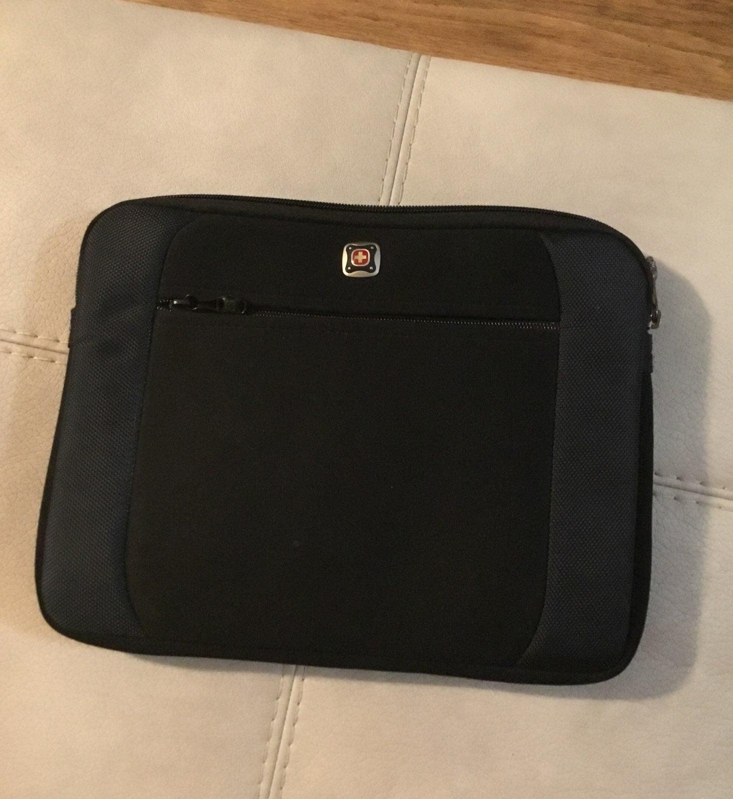 Swiss Gear Tablet/iPad Case