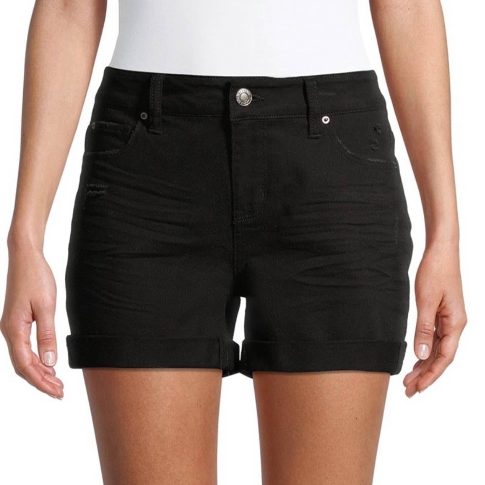 Time and Tru Mid Rise Core Jean Short