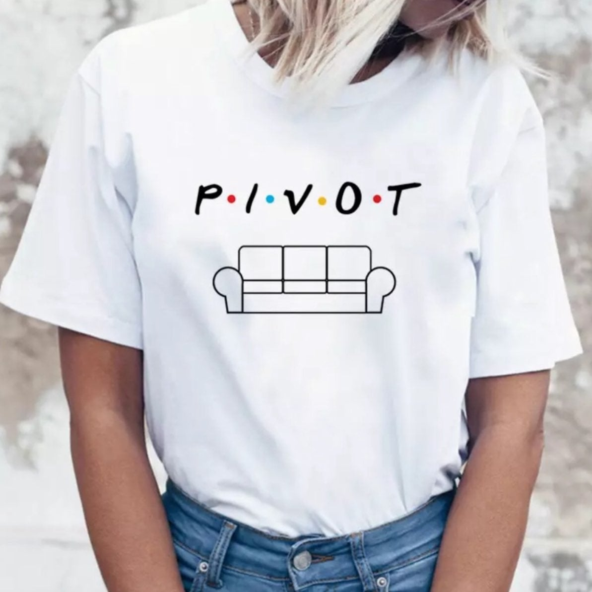 friends tv show tshirt small