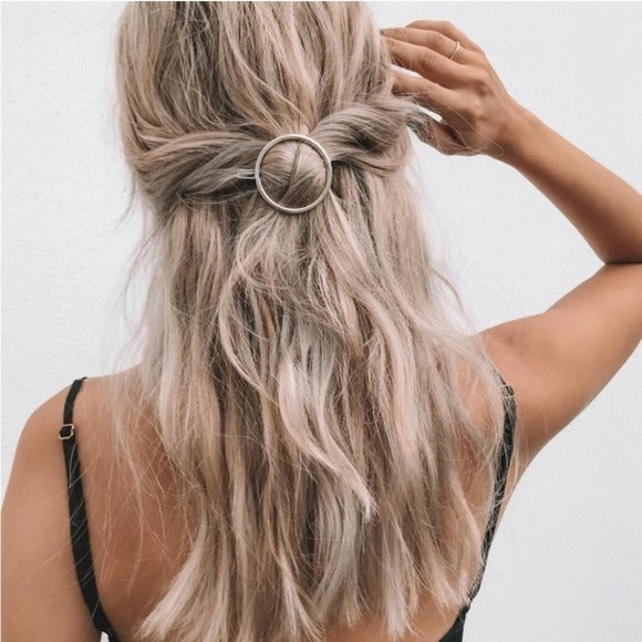 Brandy Melville Silver Circle Hair Clip