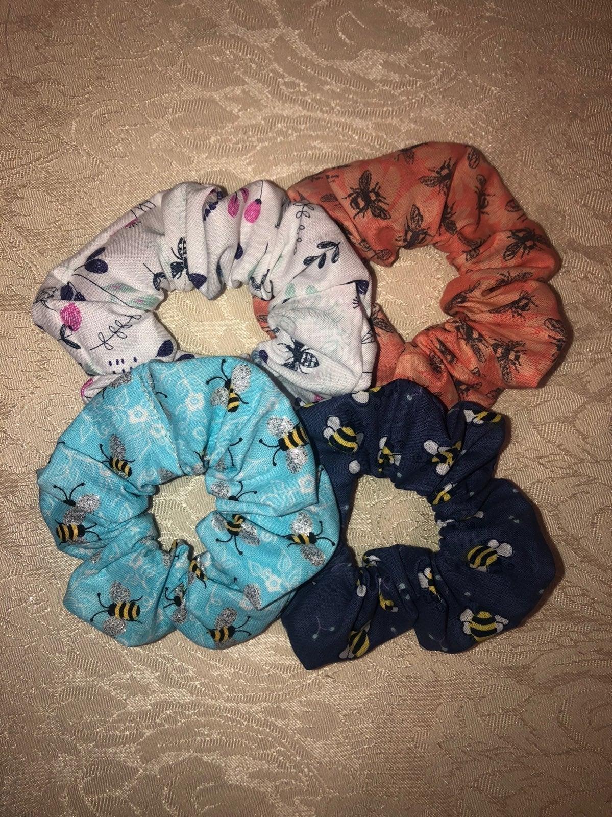 Bee scrunchies