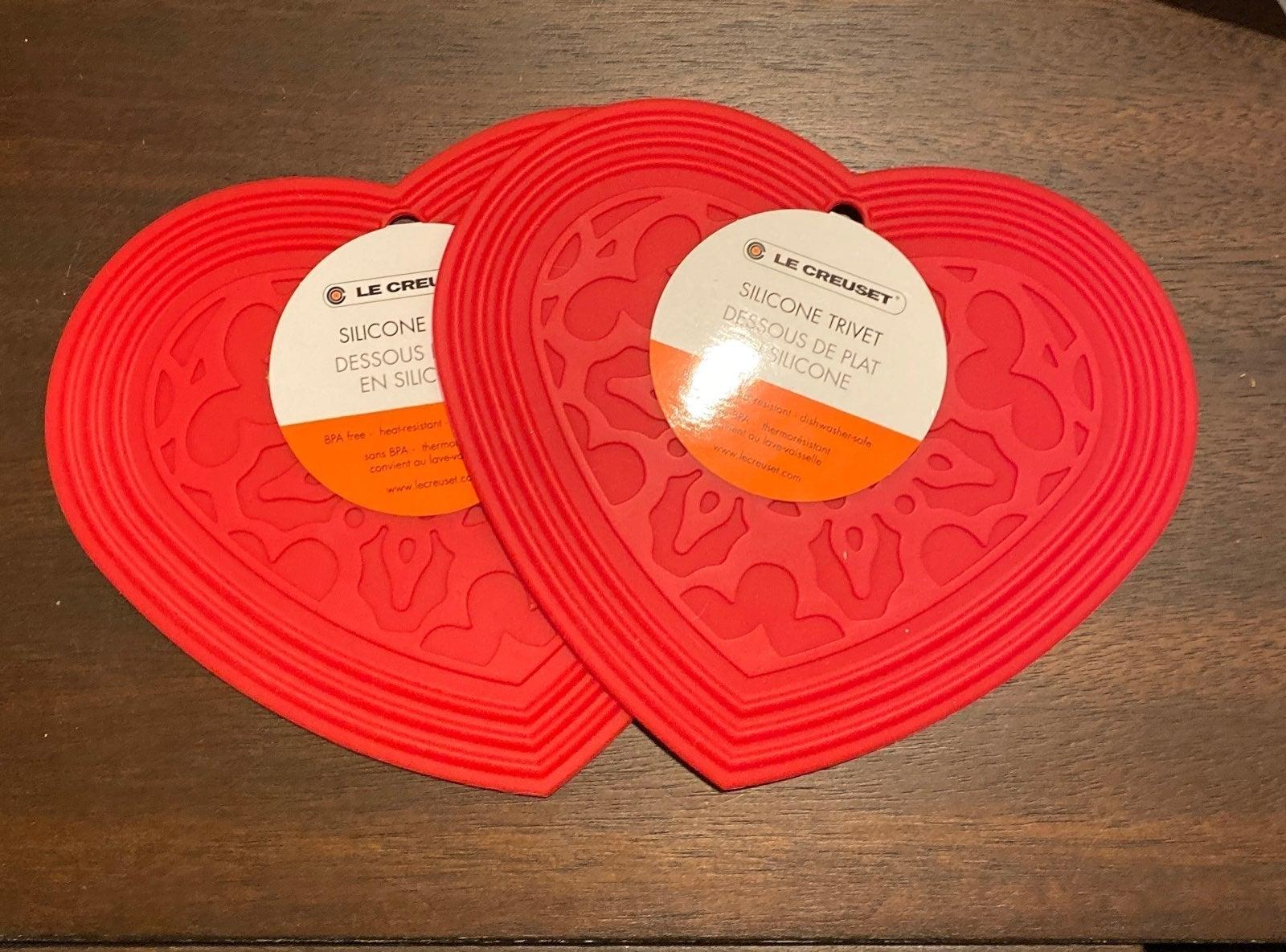 Le Creuset Heart shaped silicone trivet
