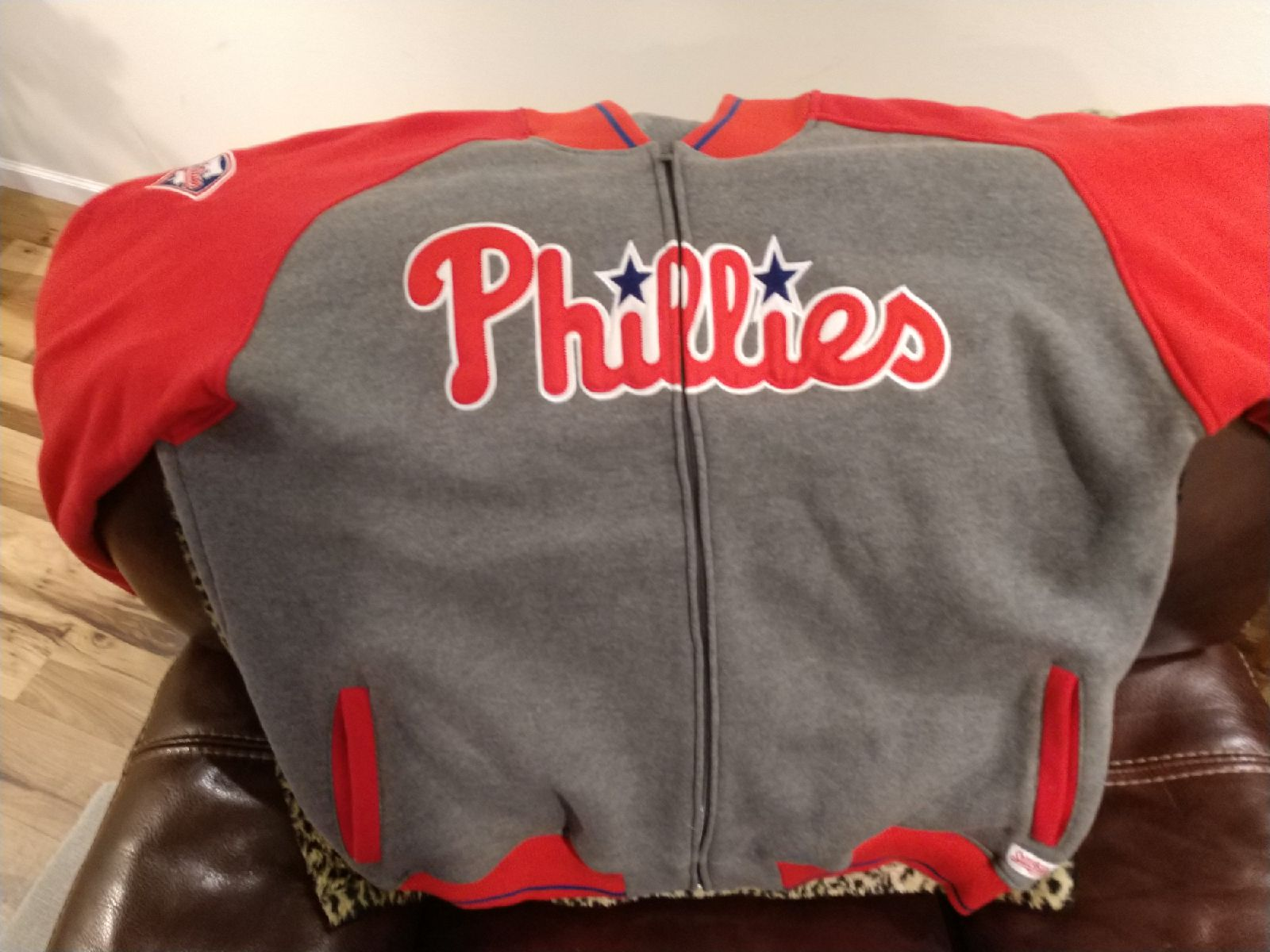 Stitches Philadelphia Phillies stitched