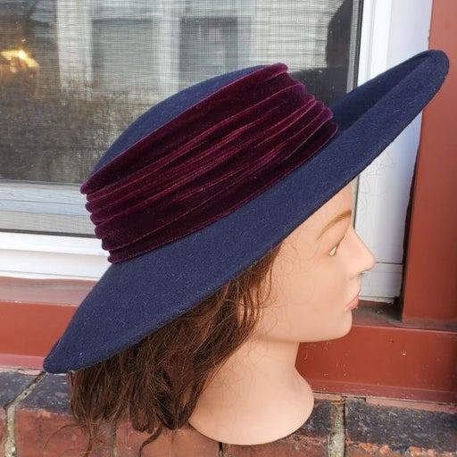 Jass Designs Vintage cartwheel hat