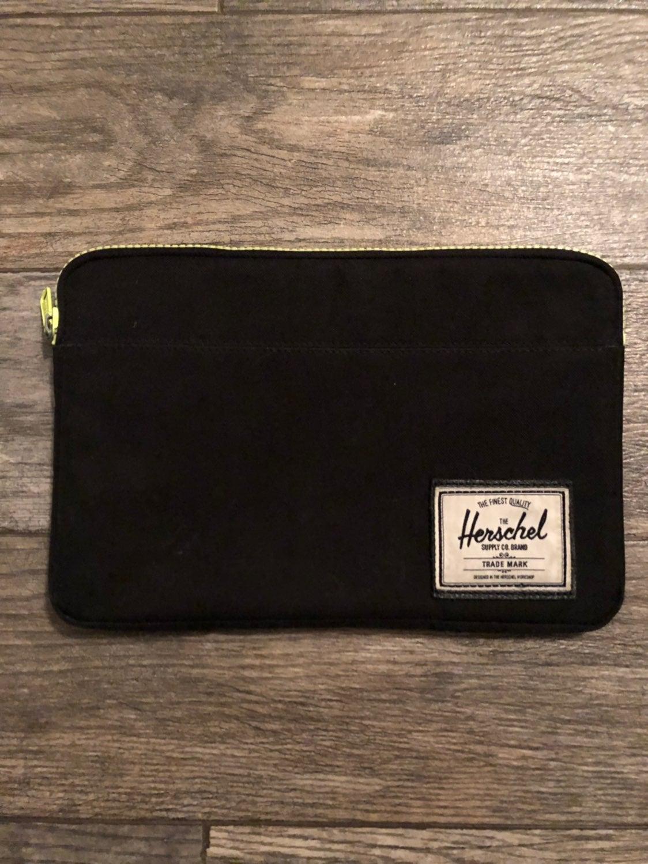 """Herschel Supply 11"""" Laptop Case / Sleeve"""