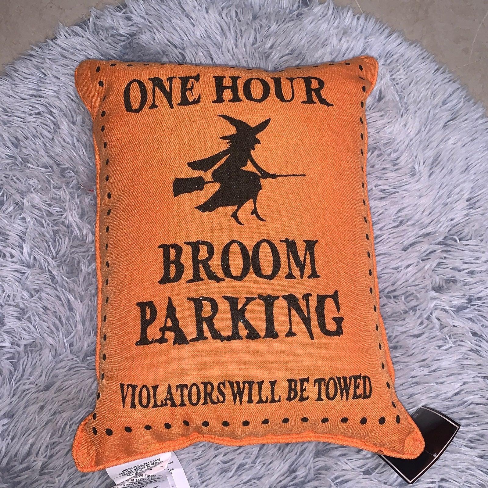 Halloween theme pillow