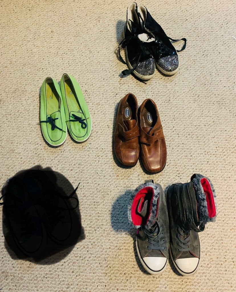 *UPDATED* 4 pairs of shoes