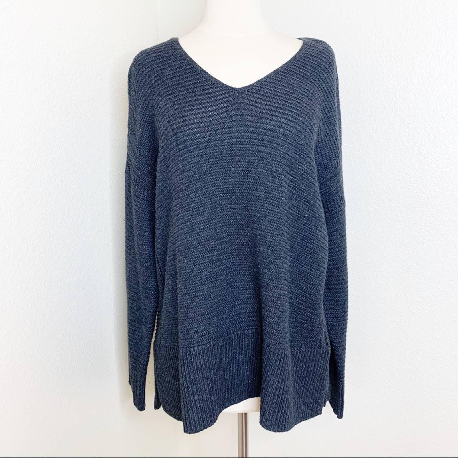 J Jill Charcoal Gray Ribbed Sweater