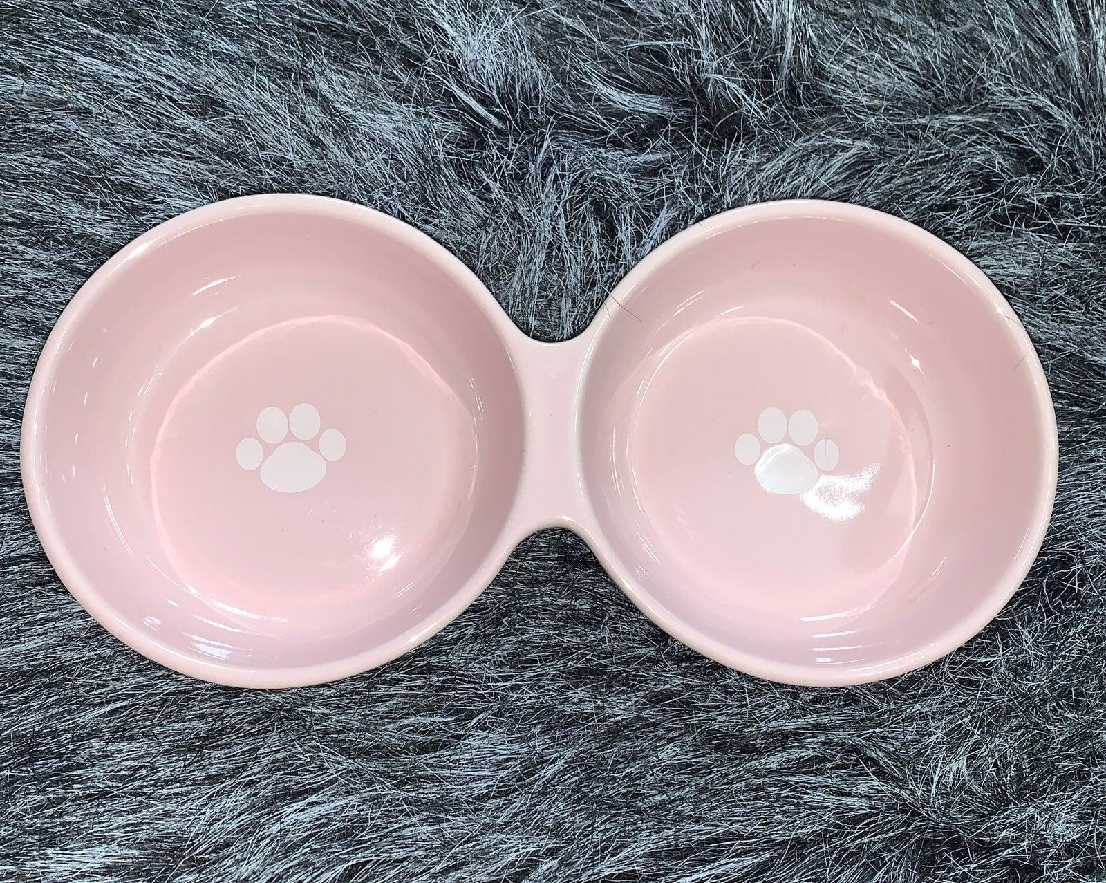 Petrageous Designs- Cat/Dog bowl