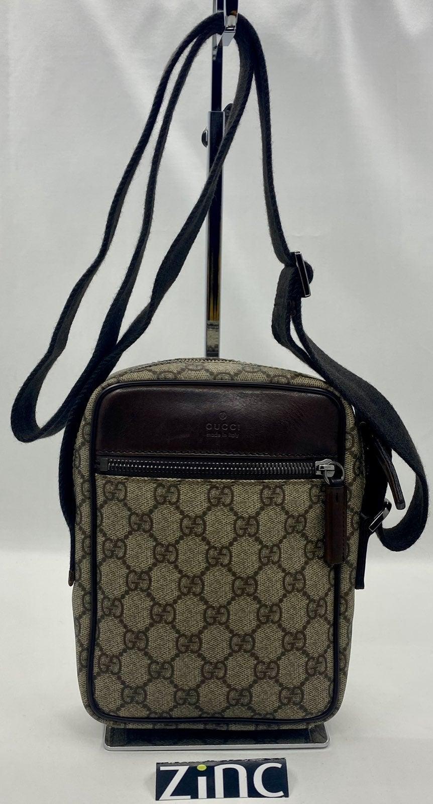Gucci GG Supreme Cross Body/Shoulder Bag