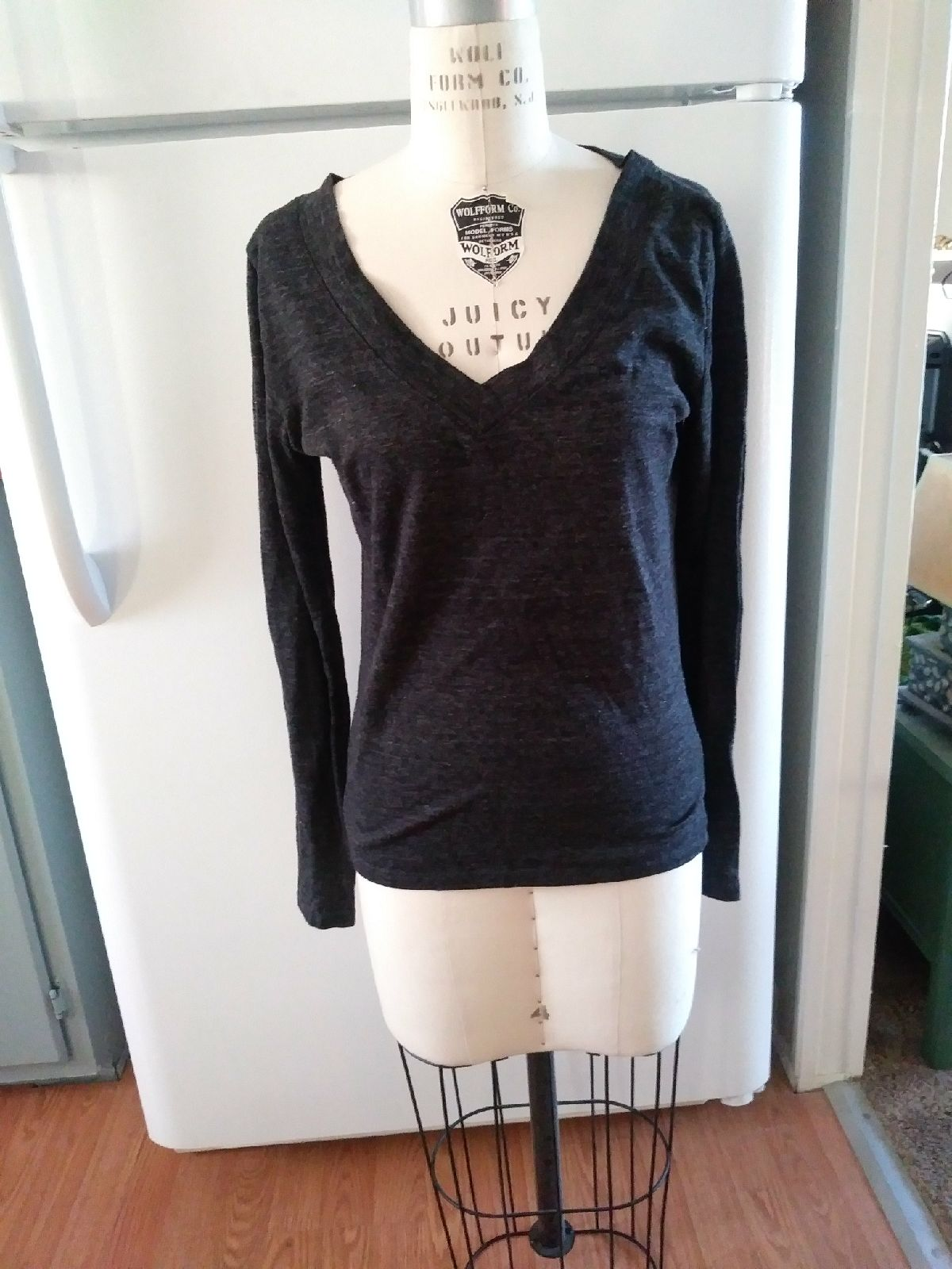 Wet seal pullover Sweater