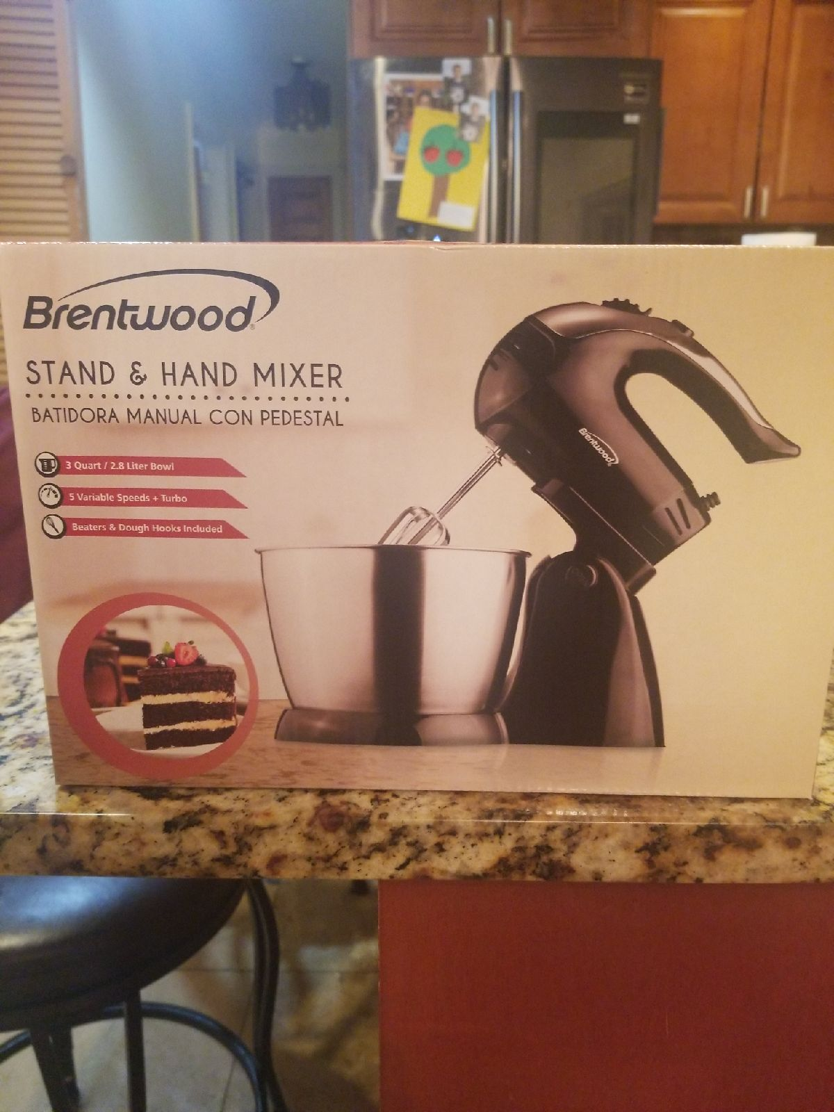 Brentwood stand & hand mixer