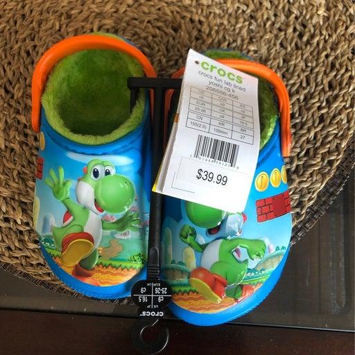 Crocs size 9