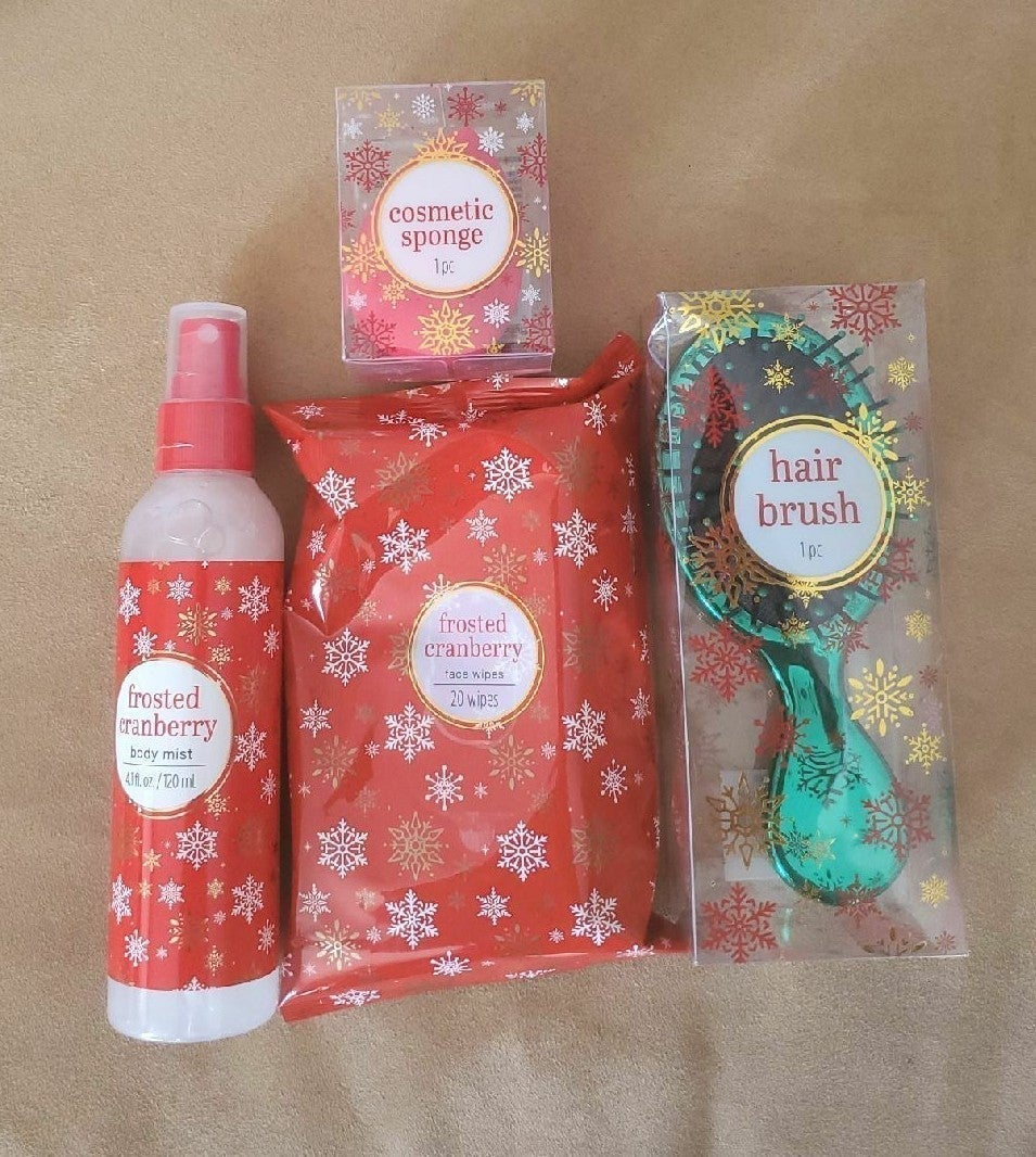 Frosted cranberry face wipes,body mist a