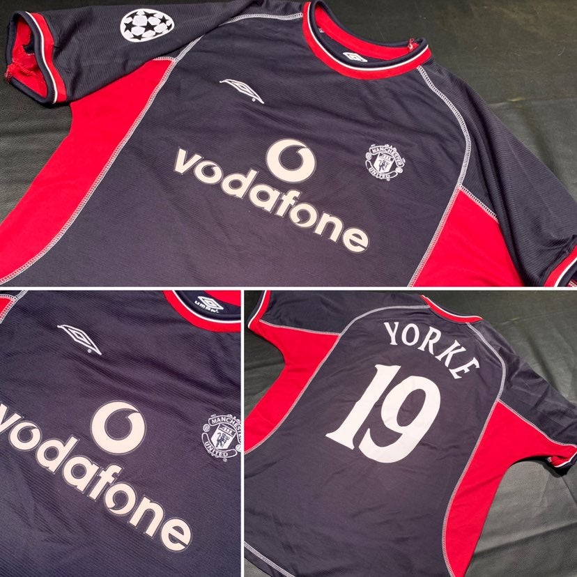 Manchester United Jersey (Yorke 19)