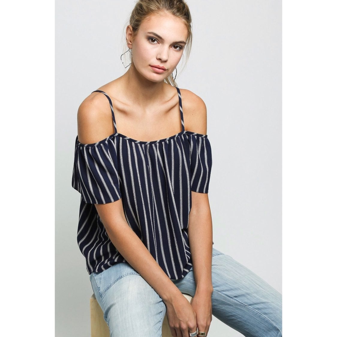 ABBELINE Small Stripe Off Shoulder Top