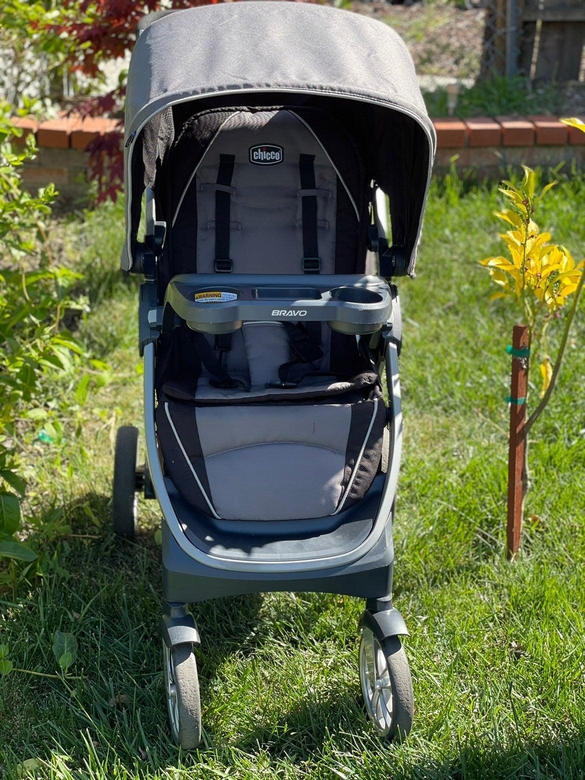Chicco Bravo Air Quick-Fold Stroller, Q