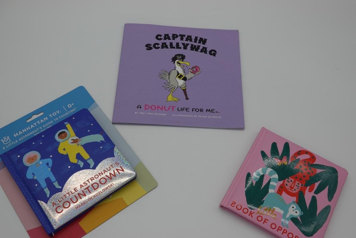 Childrens books lot of 3