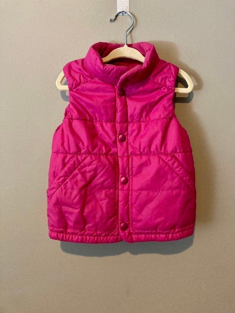 Uniqlo girls puffer vest (2/3T)