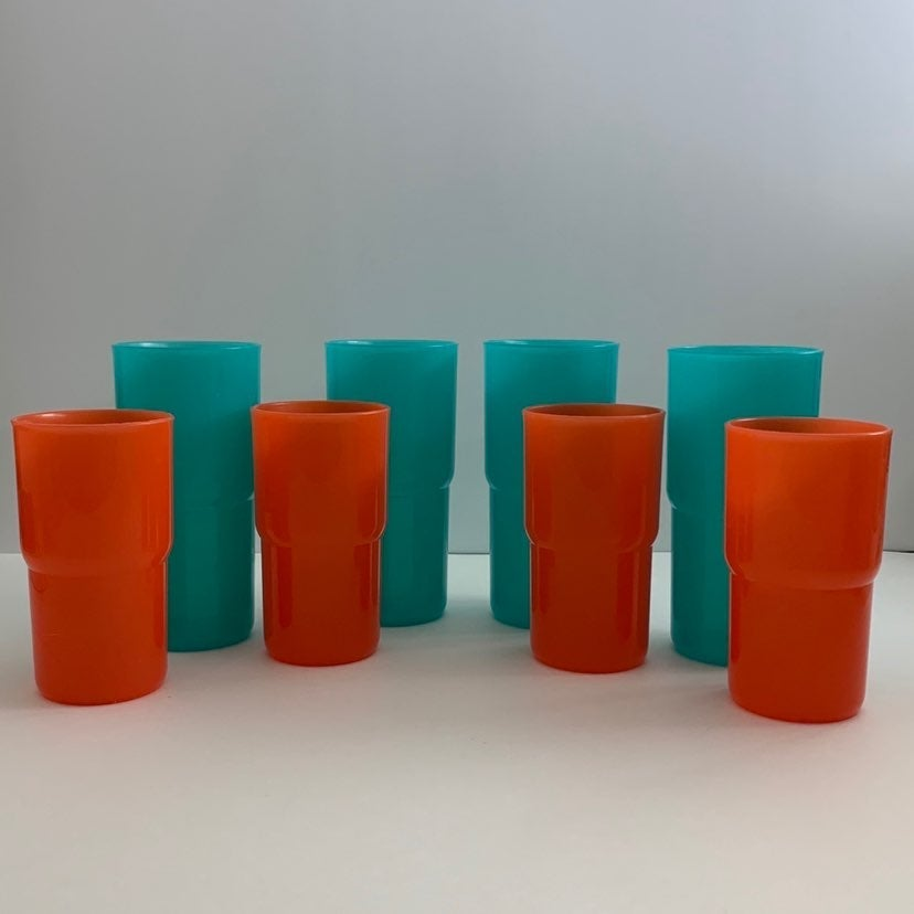 Tupperware Tumbler Set