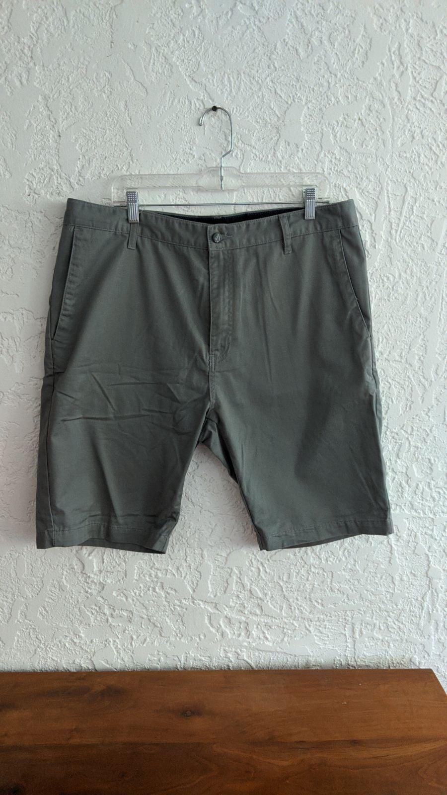 Men's Light Green Volcom Khaki Shorts