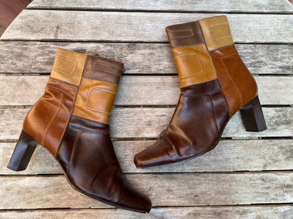 Vintage Y2K 90s Patchwork boots *FLAW