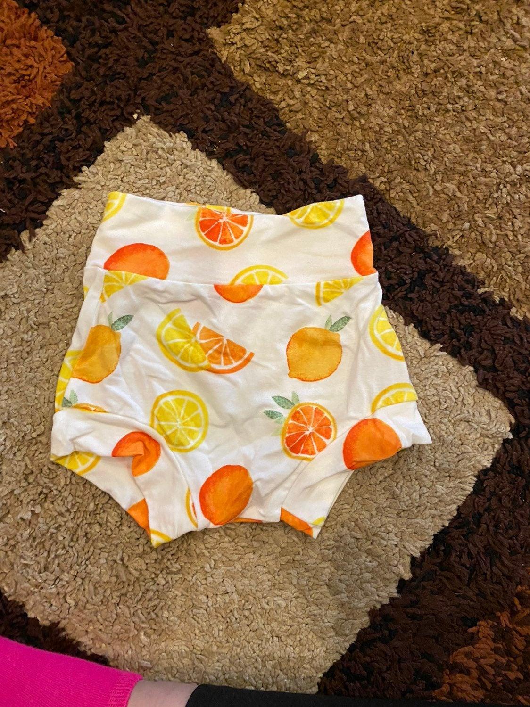 Fruit bummies