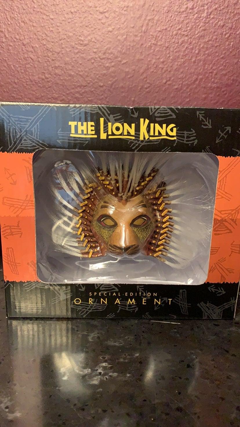 NIB Disney the lion King Broadway Simba