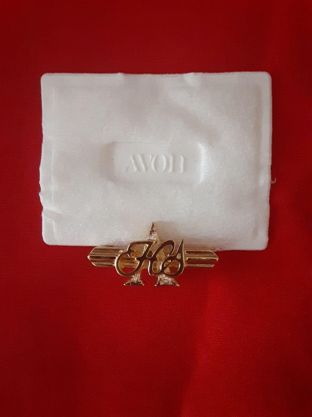 Avon Honor Society Male Pin