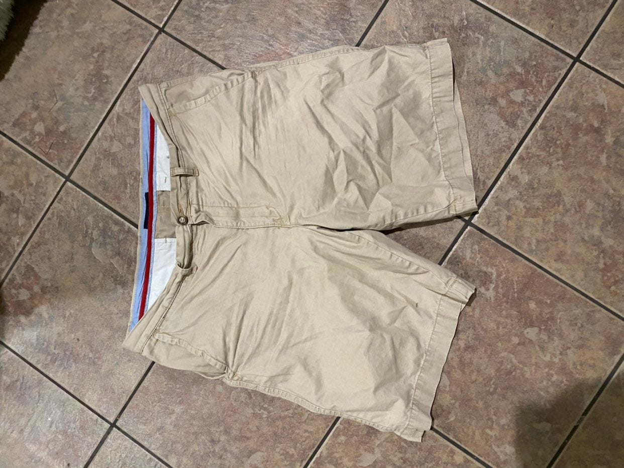 Mens tommy hilfiger shorts size 36