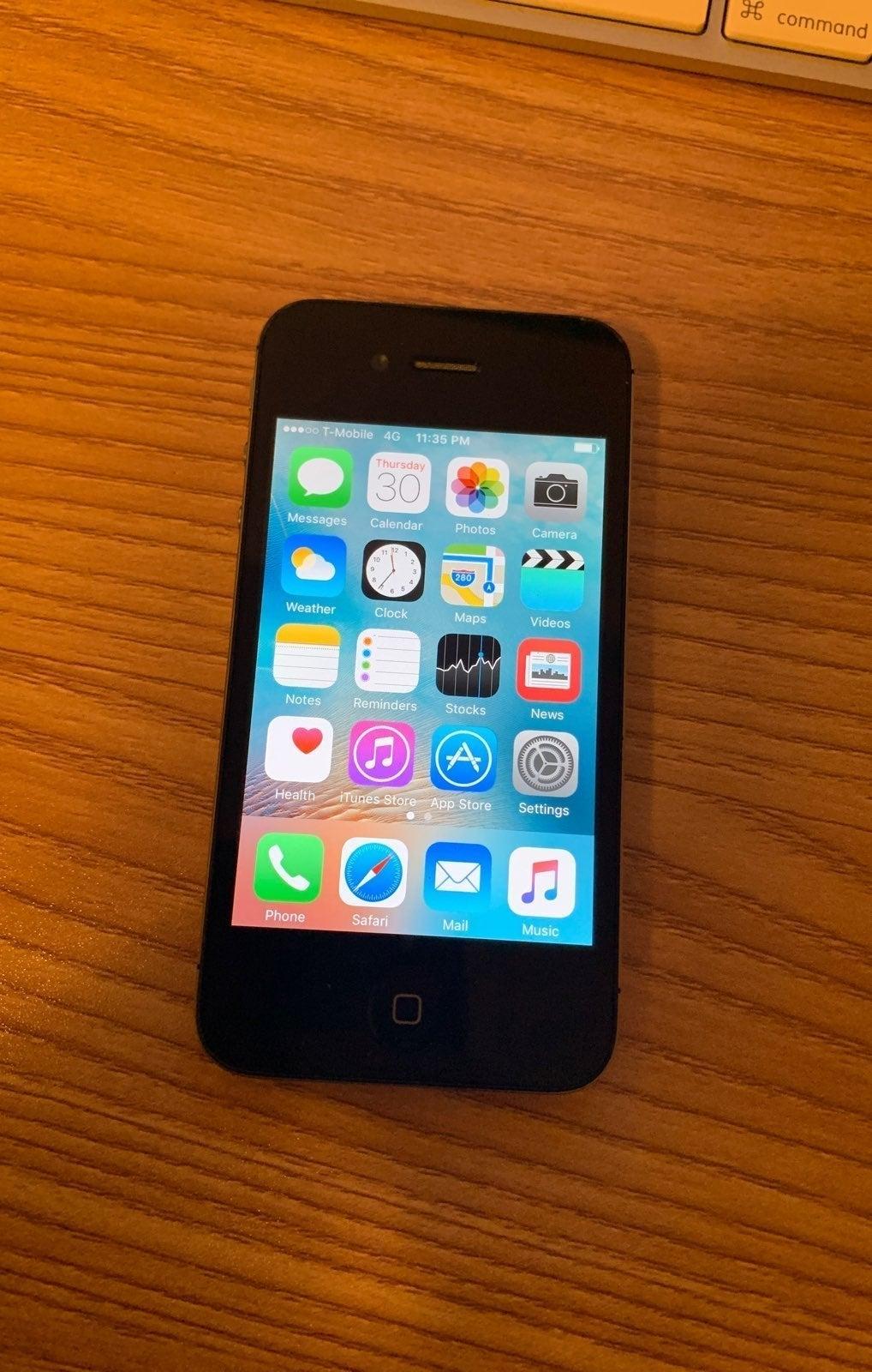 iPhone 4s Black 16 GB Unlocked